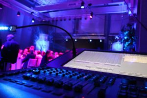 Vermietung von Licht, Ton, Bühnenbau, Messebau, Technik - BMS Veranstaltungstechnik GmbH